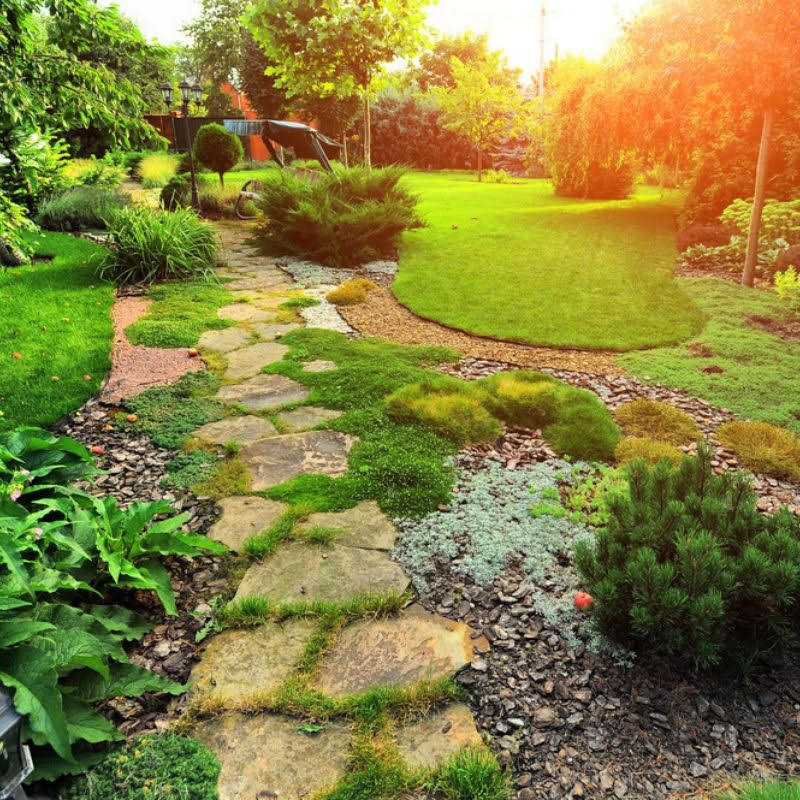 Summer Landscaping: 6 Benefits Of A Well-Maintained Landscape